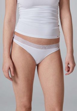 Skiny_Basic_W_AdvantageLace_thong2pack_083721_080500_060.jpg